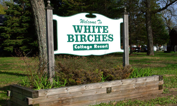 White Birches Cottages Sign
